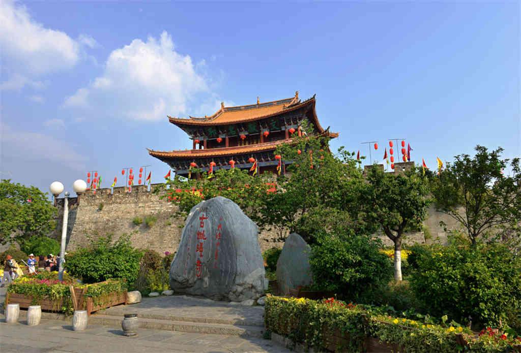 去大理丽江旅游跟团 云南大理丽江香格里拉旅游跟团8天7晚
