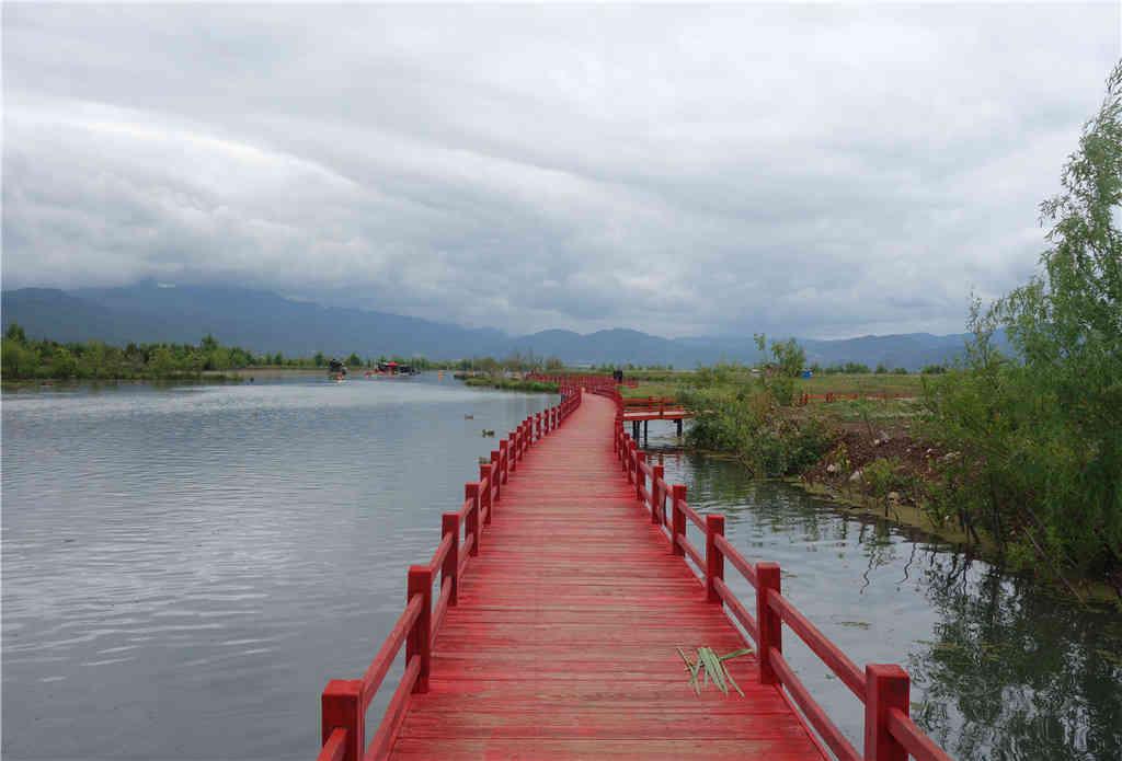 昆明香格里拉跟团旅游五天四晚 去云南香格里拉旅游价格